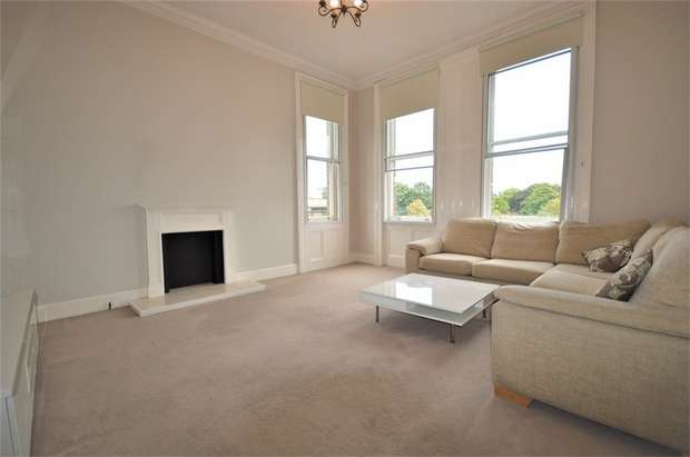 1 Bedroom Flat for sale in Cambridge Park, LONDON