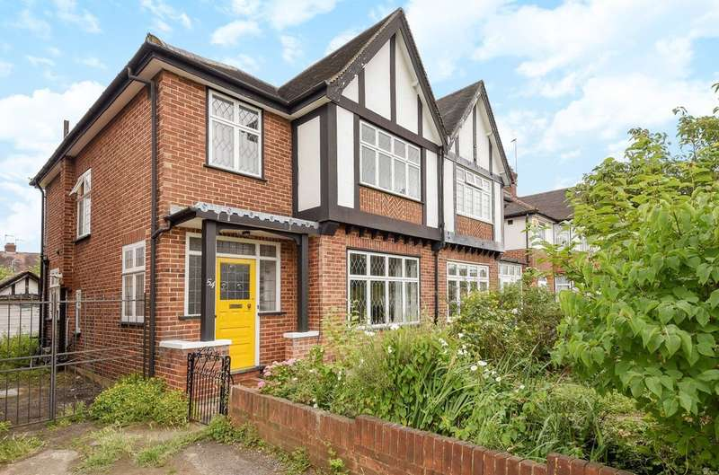 3 Bedrooms Semi Detached House for sale in George V Avenue, Pinner