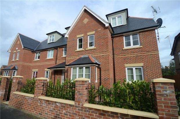1 Bedroom Apartment Flat for sale in Somerset Road, Farnborough, Hampshire
