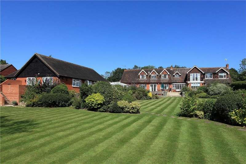 6 Bedrooms Detached House for sale in Lughorse Lane, Yalding, Maidstone, Kent, ME18