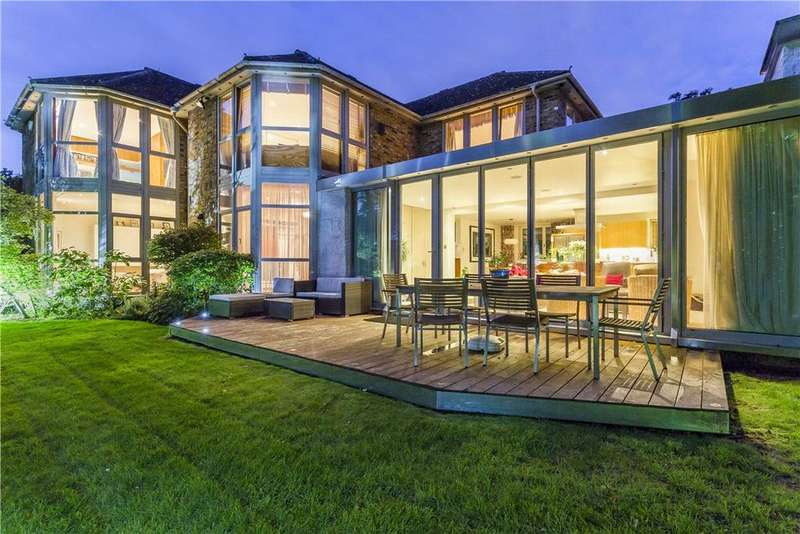 5 Bedrooms Detached House for sale in West Side Common, Wimbledon Village, London, SW19