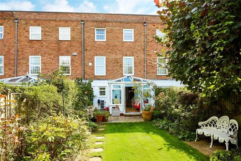 4 Bedrooms Terraced House for sale in The Ferns, Tunbridge Wells, Kent, TN1