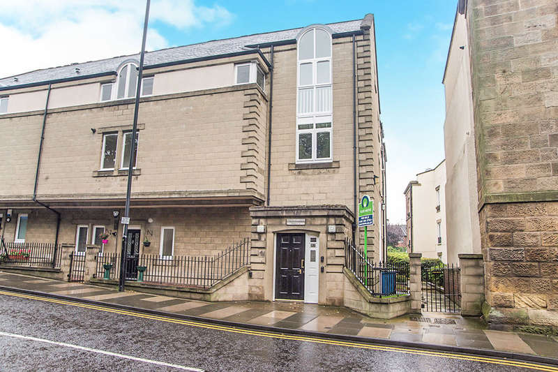 2 Bedrooms Flat for sale in Sandyford Road, Newcastle Upon Tyne, NE2