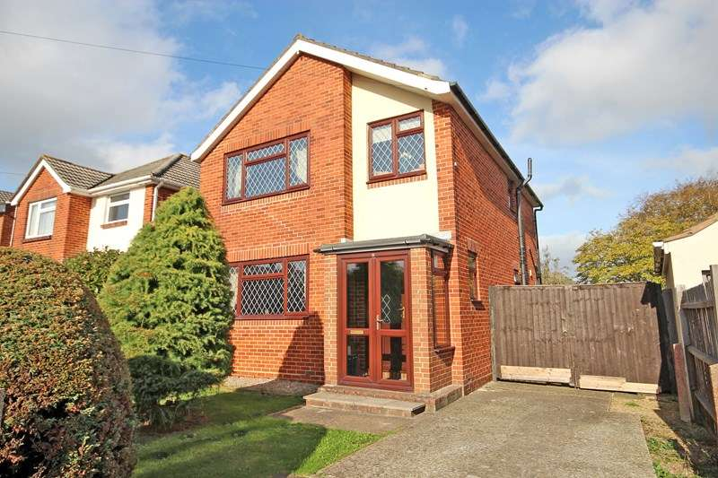 3 Bedrooms Detached House for sale in Shelton Road, Southbourne, Bournemouth