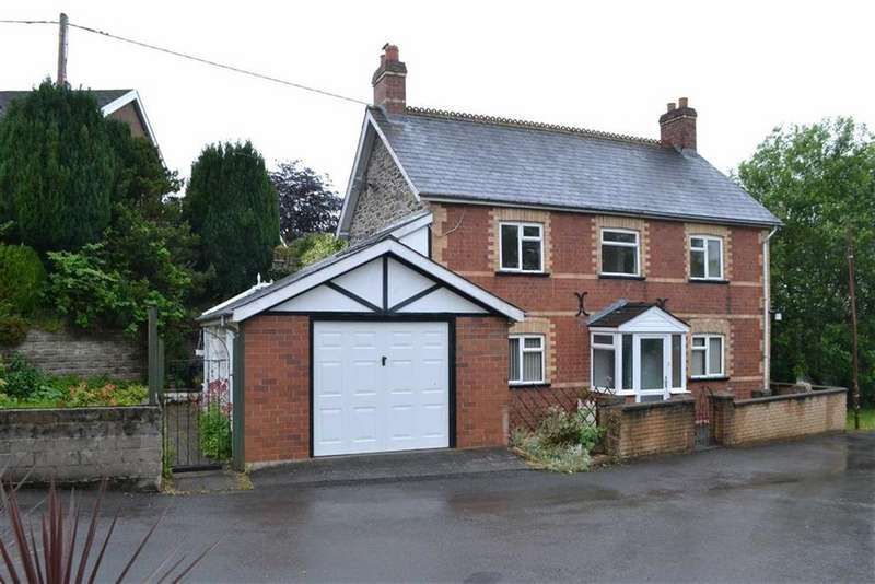 3 Bedrooms Detached House for sale in The Beeches, Smithfield Terrace, Llanidloes, Powys, SY18