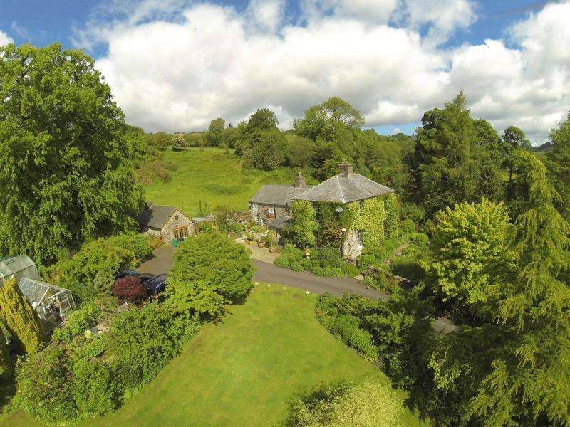 5 Bedrooms Detached House for sale in Llanfihangel Glyn Myfyr, Corwen