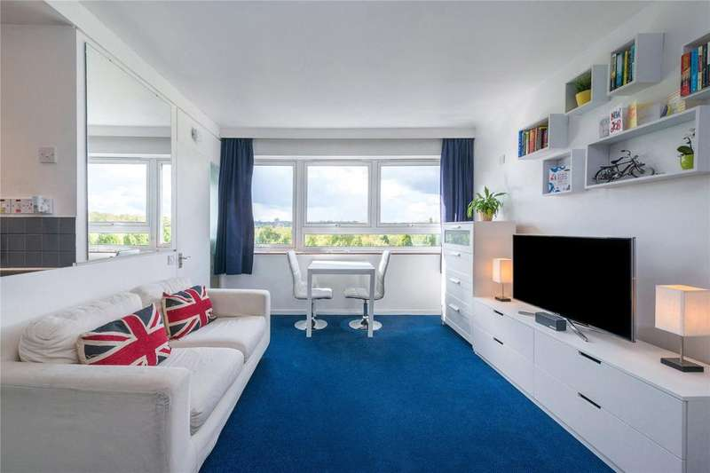 1 Bedroom Flat for sale in Seven Sisters Road, Finsbury Park, London