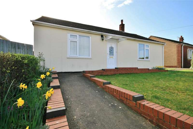 2 Bedrooms Detached Bungalow for sale in Hillside, Ancaster, NG32