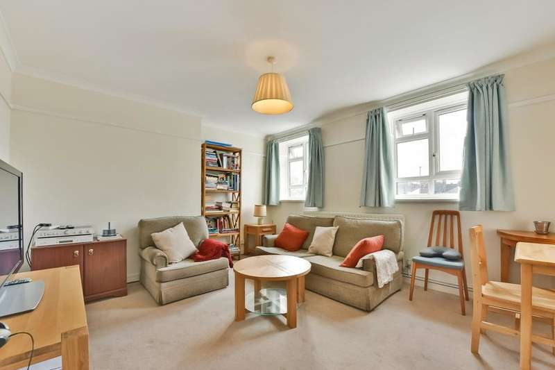 3 Bedrooms Flat for sale in Longley Road, London SW17