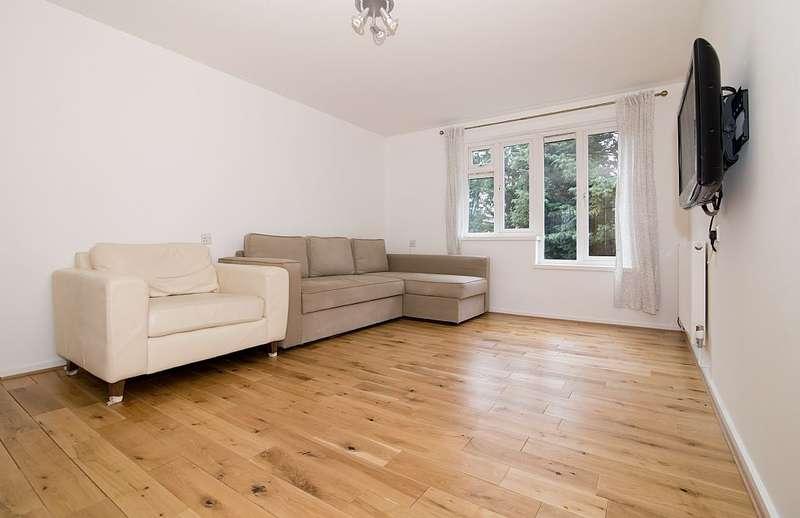 1 Bedroom Flat for sale in Gomm Road, London, London, SE16 2TY
