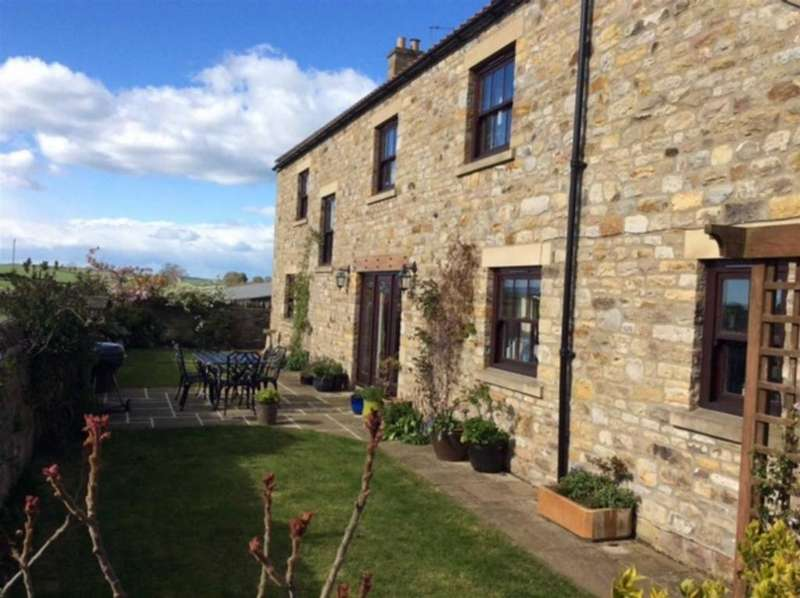 5 Bedrooms Detached House for sale in High Row, Caldwell