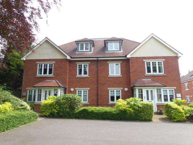 1 Bedroom Flat for sale in Birmingham Road,Sutton Coldfield,West Midlands