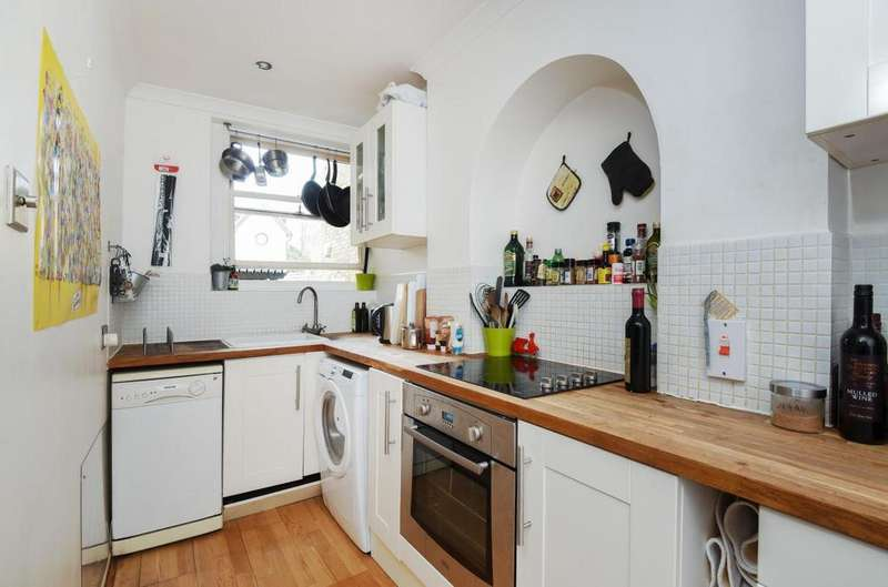 3 Bedrooms Flat for sale in Sheen Lane, Mortlake