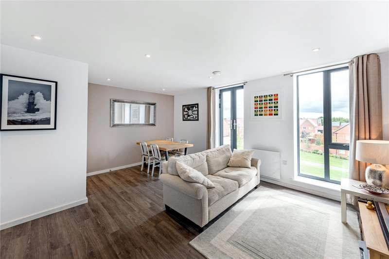 1 Bedroom Flat for sale in Latimer House, Angus Court, Thame, OX9