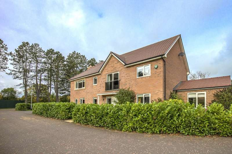 4 Bedrooms House for sale in Blencathra Court, Saint Mary Park, Morpeth
