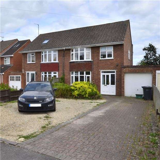 3 Bedrooms Semi Detached House for sale in Lynmouth Road, GL3 3JD