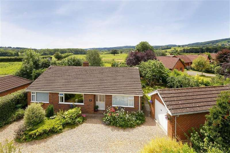 3 Bedrooms Bungalow for sale in Pentre, Chirk, LL14