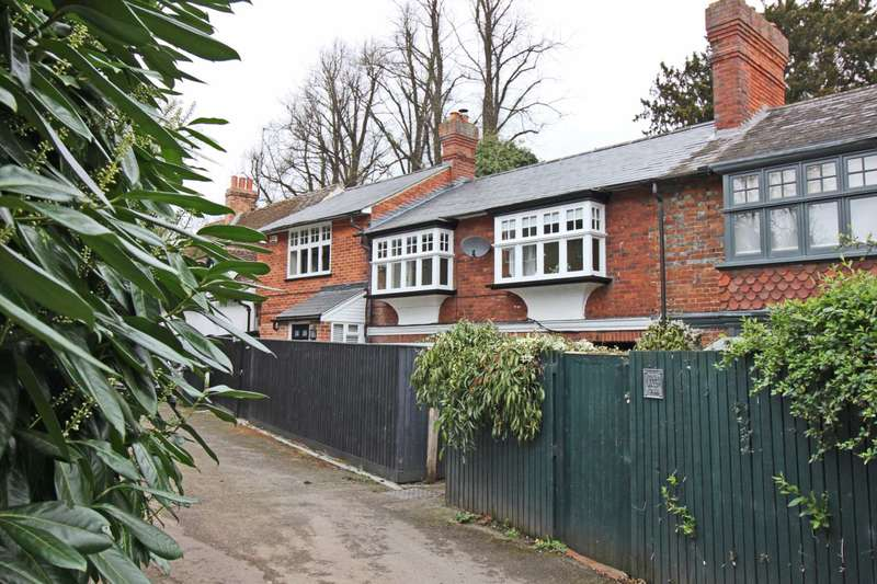 3 Bedrooms Cottage House for sale in Lower Wharf, Wallingford