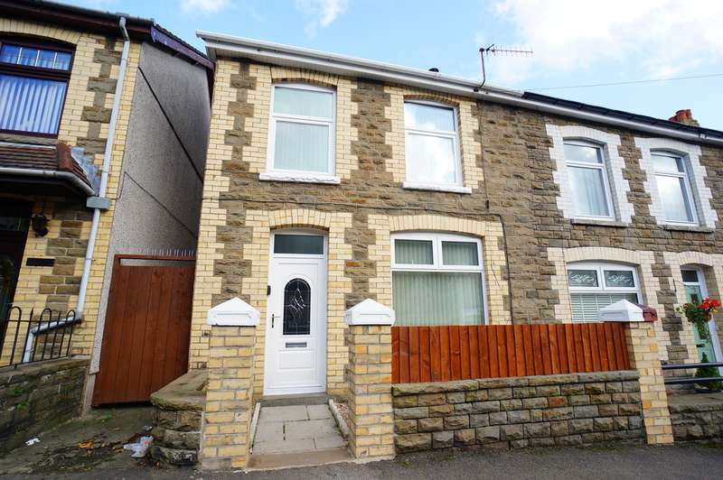 3 Bedrooms End Of Terrace House for sale in John Street, Cwmcarn, Newport, NP11