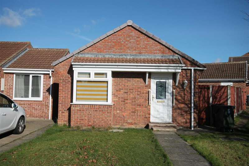 2 Bedrooms Detached Bungalow for sale in Fox Howe, Coulby Newham, Middlesbrough TS8 0RU