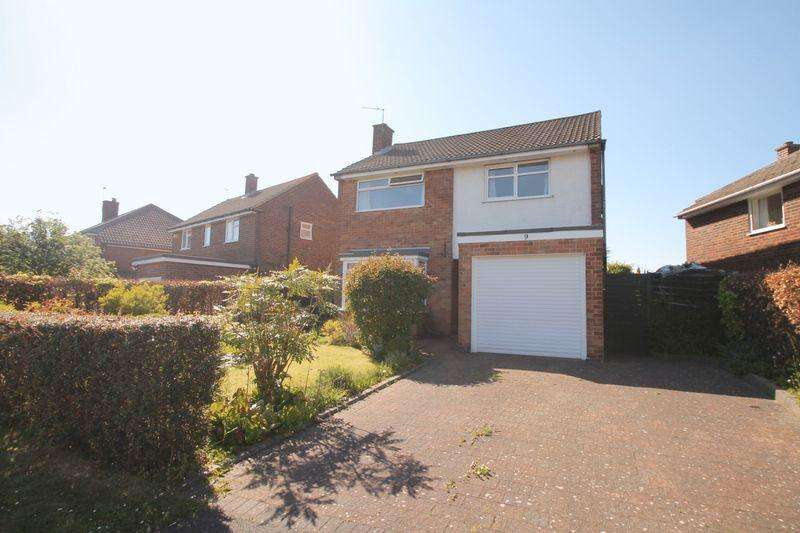 4 Bedrooms Detached House for sale in Windsor Crescent, Nunthorpe