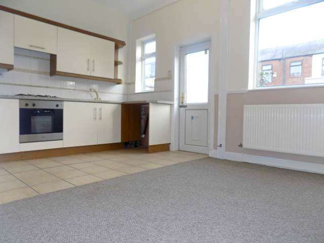 2 Bedrooms Terraced House for rent in Glebe Street, Leigh, WN7