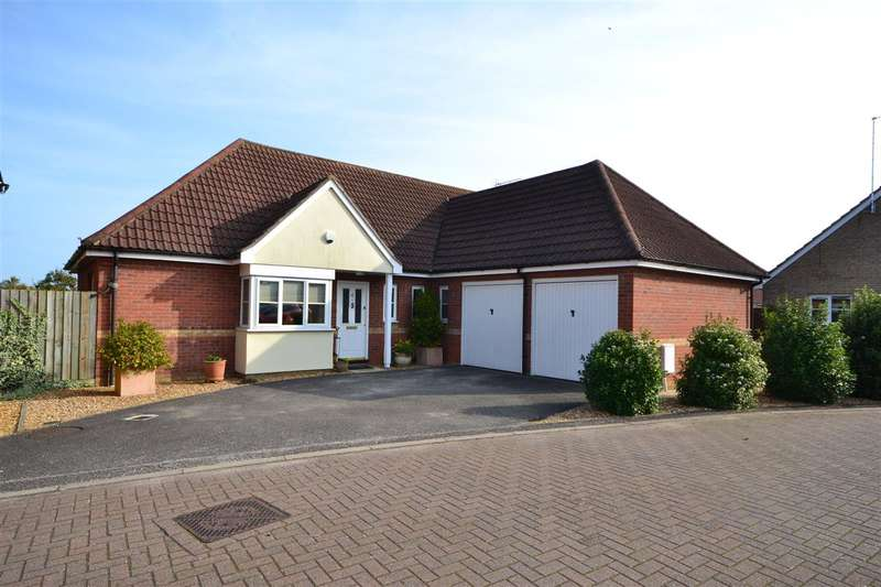 3 Bedrooms Detached House for sale in St Felix Close, Soham