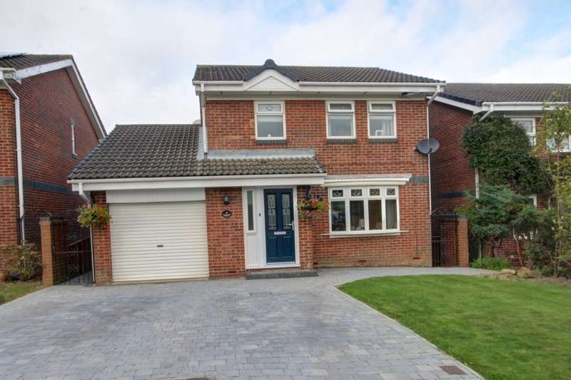 3 Bedrooms Detached House for sale in Hartside Gardens, Easington Lane, Houghton Le Spring, DH5