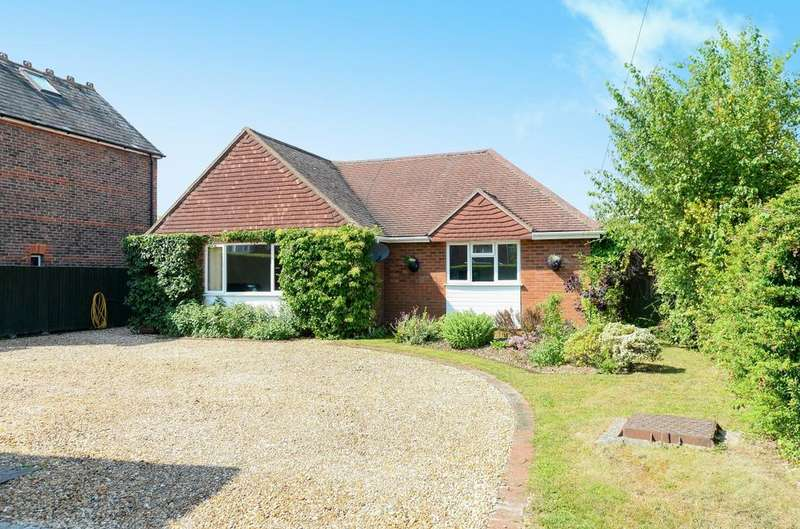 4 Bedrooms Detached Bungalow for sale in Breach Avenue, Emsworth, PO10