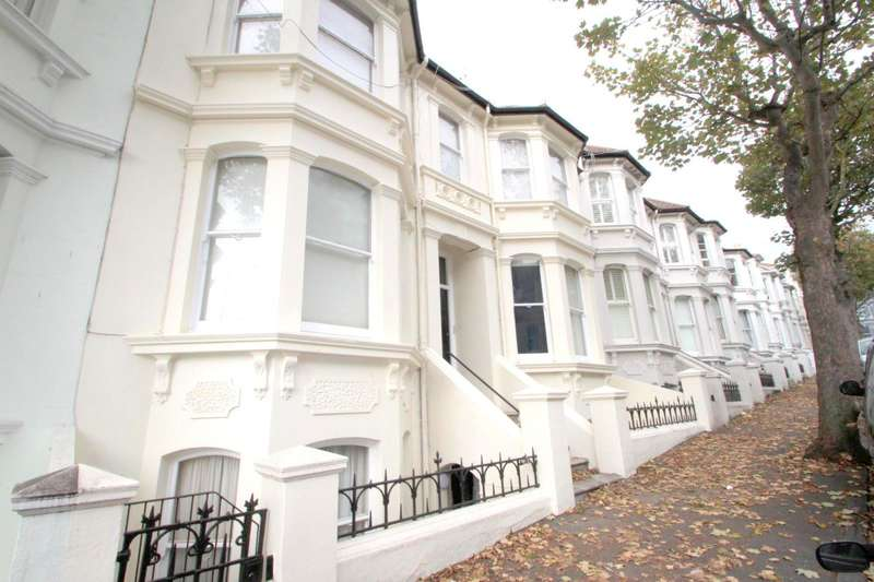 2 Bedrooms Flat for rent in Eaton Place, Brighton