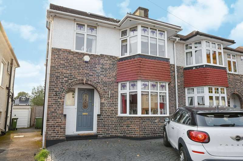 4 Bedrooms Semi Detached House for sale in Agaton Road, London SE9