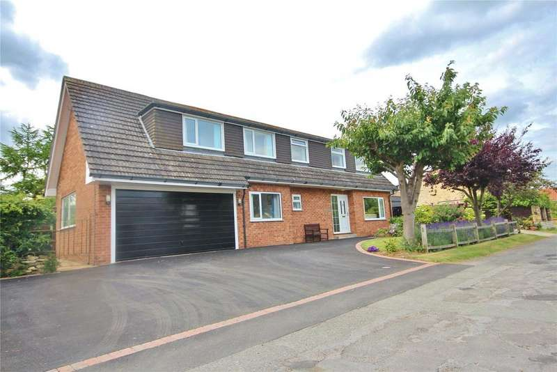 4 Bedrooms Detached House for sale in Chapel Lane, Welton, LN2