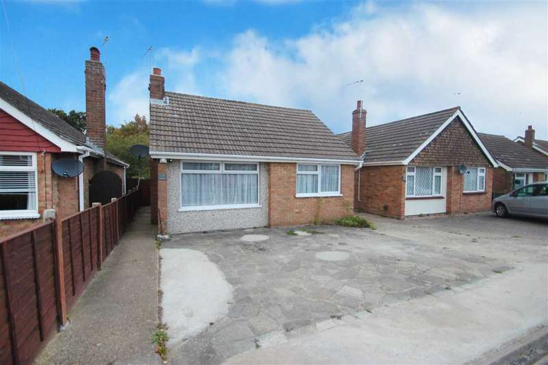 2 Bedrooms Bungalow for sale in Slade Road, Holland-On-Sea