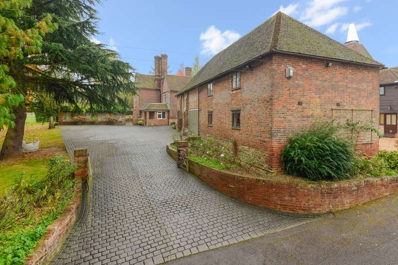 5 Bedrooms Detached House for sale in Smiths Hill, West Farleigh, ME15