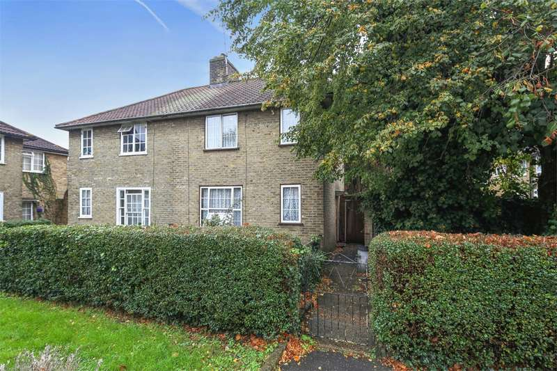 3 Bedrooms Semi Detached House for sale in Bentworth Road, LONDON
