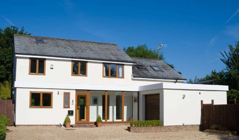 6 Bedrooms Detached House for sale in Finians Field, Barns Green