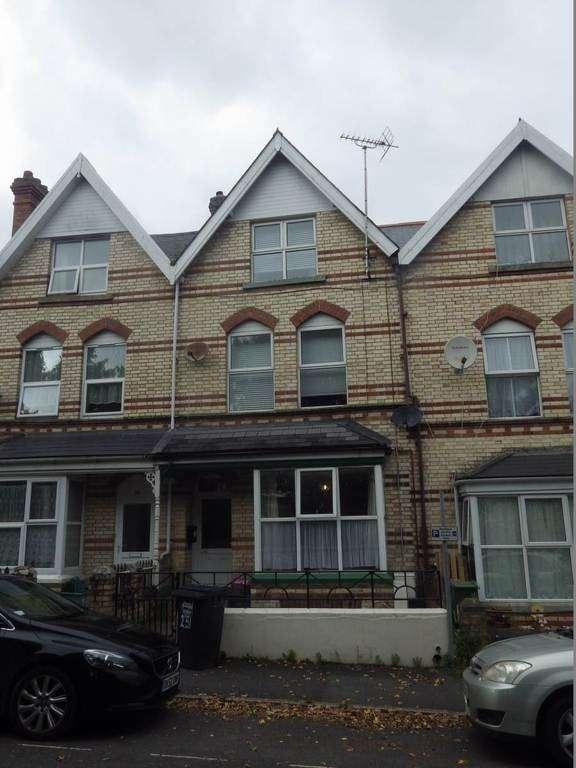 2 Bedrooms Maisonette Flat for sale in Sticklepath, Barnstaple
