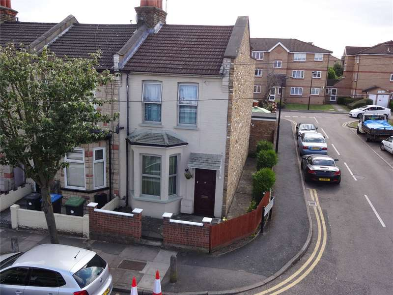 3 Bedrooms Property for sale in Burleigh Road Enfield Middlesex EN1