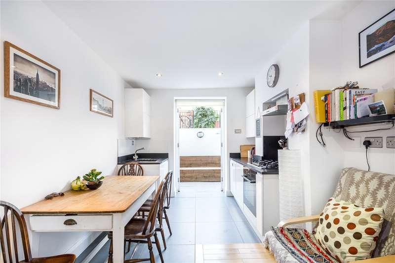 2 Bedrooms Flat for sale in Yardley Street, London, WC1X
