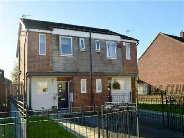 2 Bedrooms Semi Detached House for sale in Marbury Road, Heaton Chapel, Stockport, Cheshire