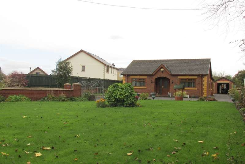 3 Bedrooms Detached Bungalow for sale in Station Road, Grovesend, Swansea