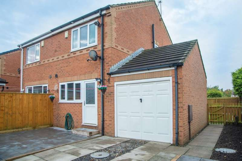 2 Bedrooms Semi Detached House for sale in Medway Place, Cramlington, NE23
