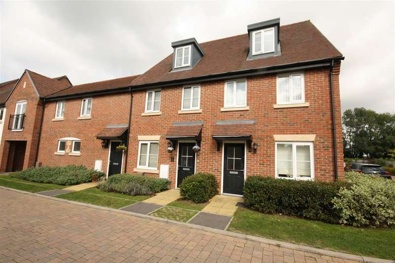 3 Bedrooms House for sale in St Jacques Way, Waterlooville