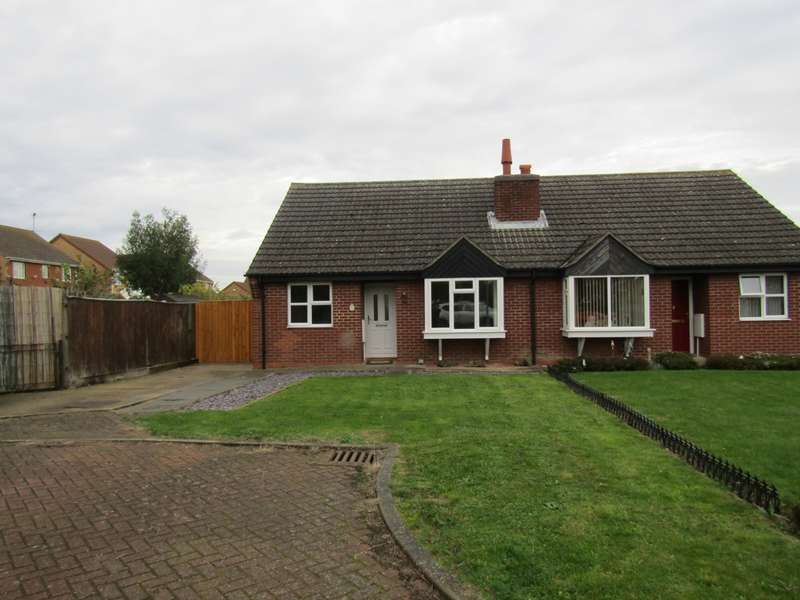 2 Bedrooms Bungalow for sale in Marriotts Close, Ramsey Mereside, PE26