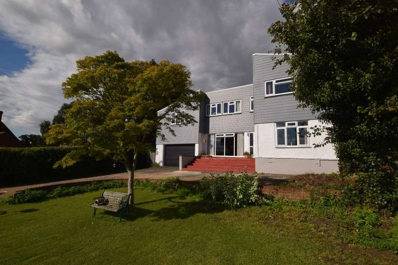 6 Bedrooms Detached House for sale in East Hanningfield road, Rettendon common Chelmsford, Essex, CM3