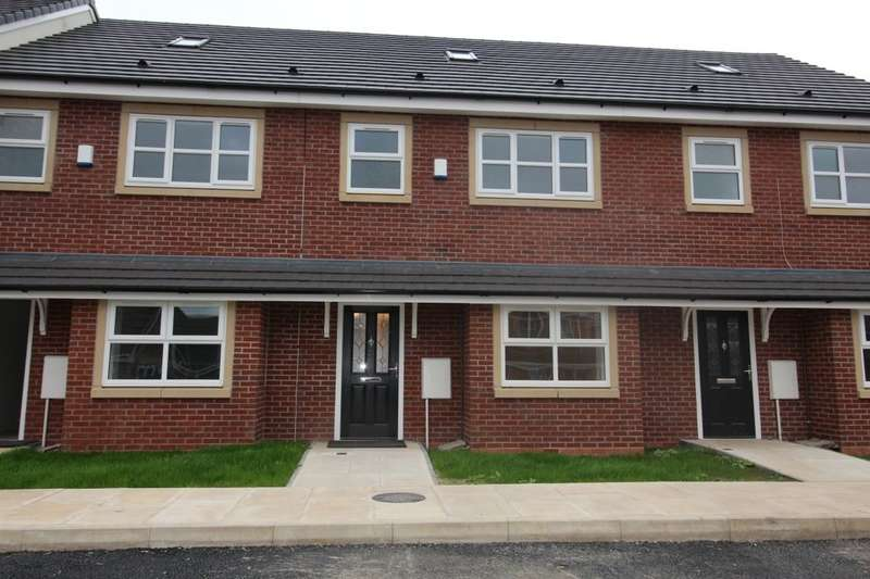 4 Bedrooms Property for sale in Black Moss Court, Radcliffe, Manchester, M26