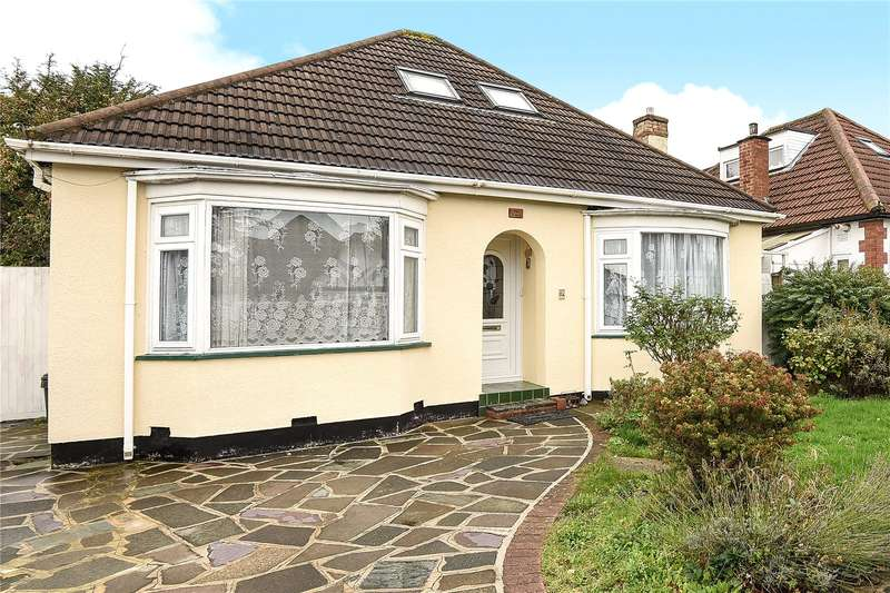4 Bedrooms Detached Bungalow for sale in Larne Road, Ruislip, Middlesex, HA4