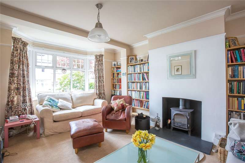 4 Bedrooms Semi Detached House for sale in Chandos Road, East Finchley, London, N2
