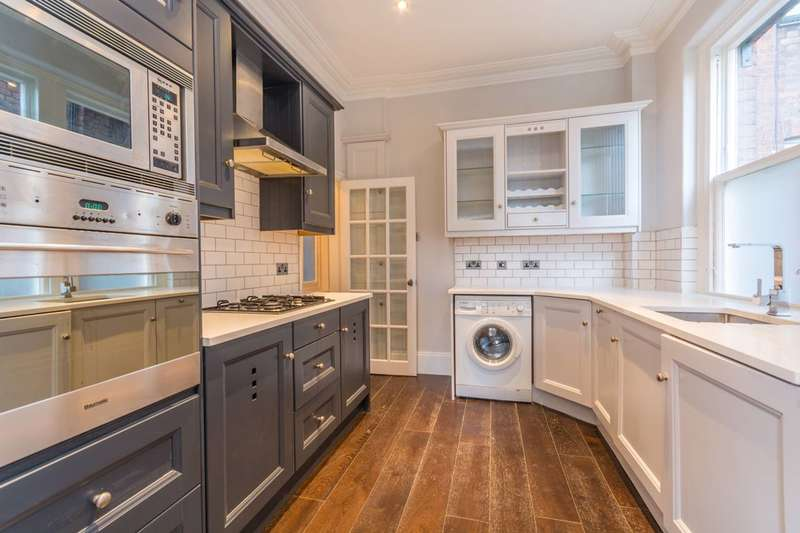 2 Bedrooms Flat for sale in Lauderdale Mansions, Maida Vale, W9