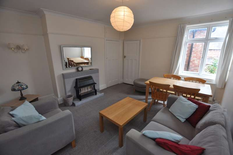 3 Bedrooms Flat for sale in Newlands Road, Jesmond, Newcastle Upon Tyne